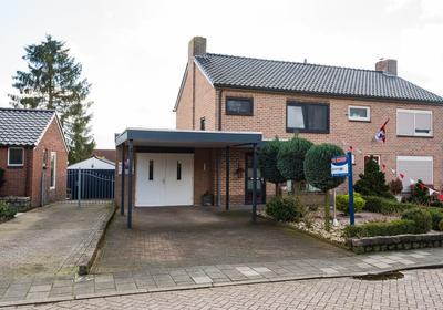 Hogestraat 4 in 'S-Heerenberg 7041 EM