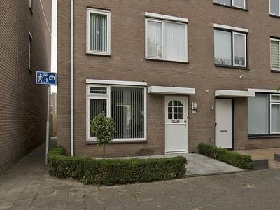 Wagenmaker 77 in Alphen Aan Den Rijn 2401 GB