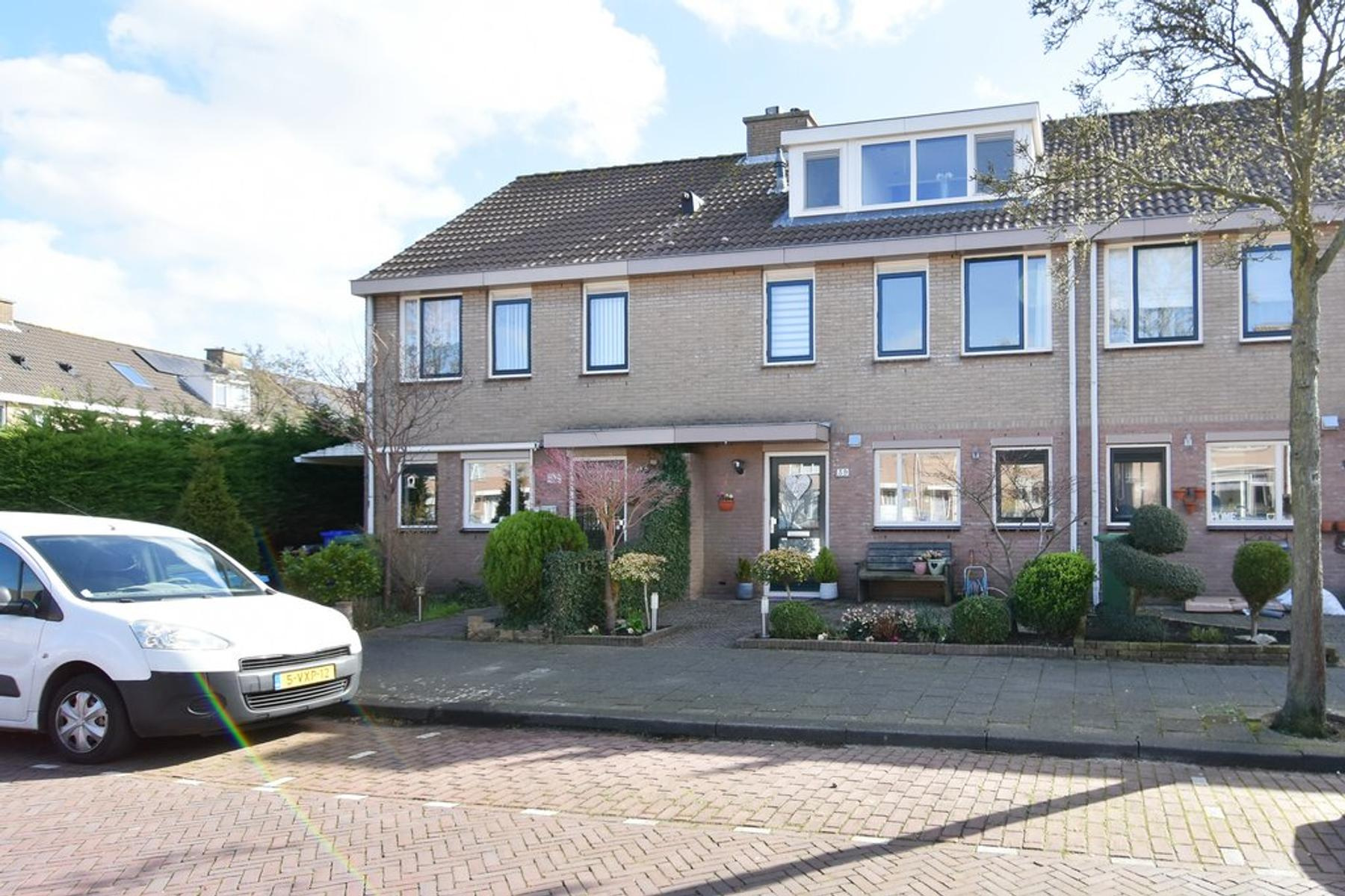 Mr. Beerninkplantsoen 39 in Rijswijk 2286 MJ