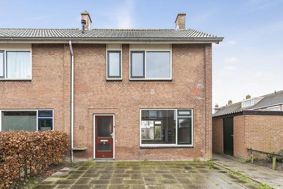 Prins Willem Alexanderstraat 19 in Willemstad 4797 HG