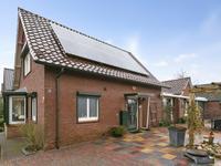 Freule Van Dorthstraat 77 in Winterswijk 7102 DB