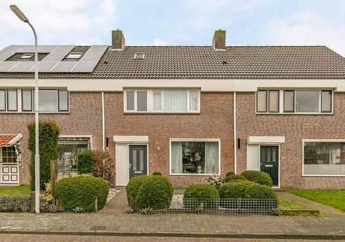Van Meijersstrjitte 4 in Gytsjerk 9061 CW