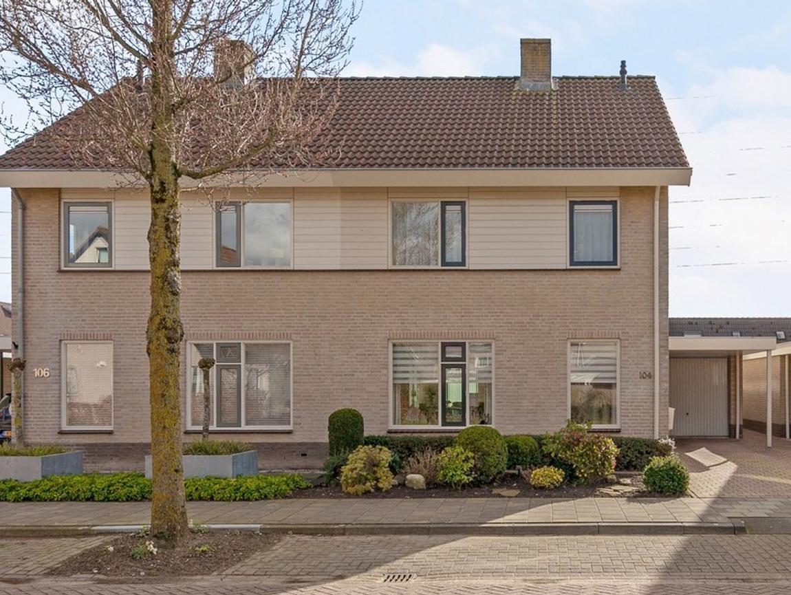 De Veldse Hofstede 104 in Zetten 6671 HH