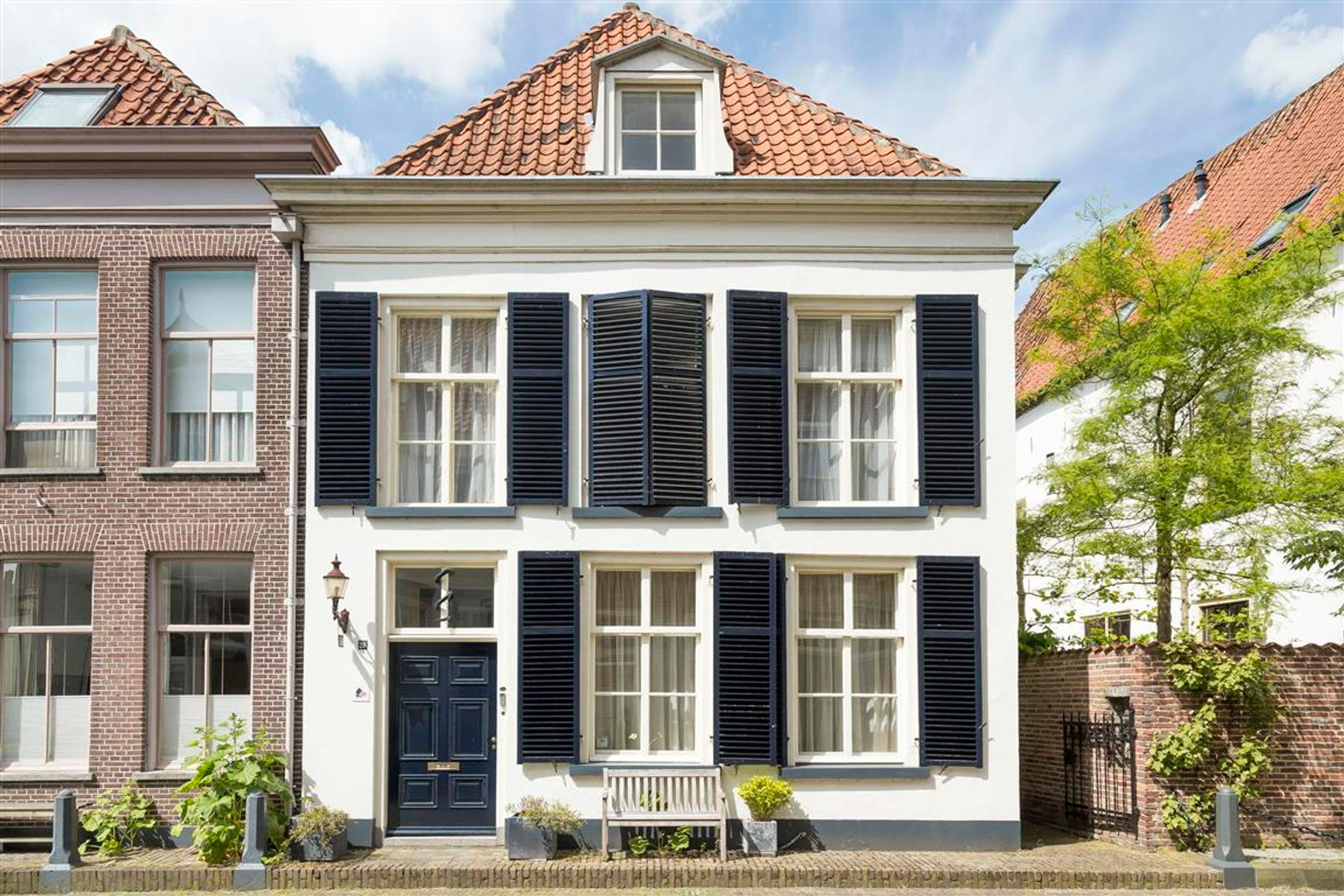 Veerpoortstraat 24 26 in Doesburg 6981 BN