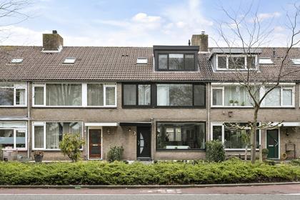 Jacob Van Ruisdaelweg 5 in Ouderkerk Aan De Amstel 1191 EG