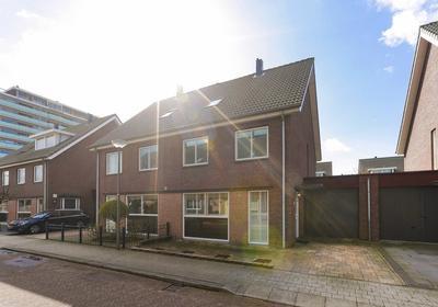 Willem Hasekampstraat 7 in Schiedam 3117 ZB