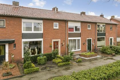 Tulpstraat 52 in Losser 7581 TK