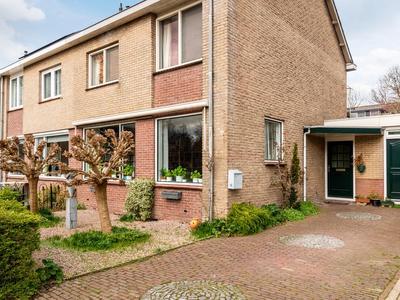 Burgemeester Van Baaklaan 14 in Wilnis 3648 XT