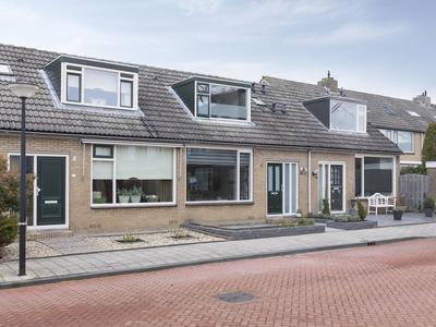 Mezenhof 15 in Ouderkerk Aan Den IJssel 2935 VH