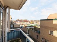 Vechtstraat 6 in IJmuiden 1972 TG