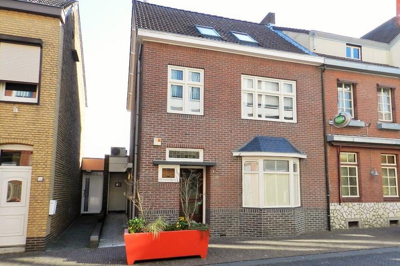 Marktstraat 10 in Simpelveld 6369 AG