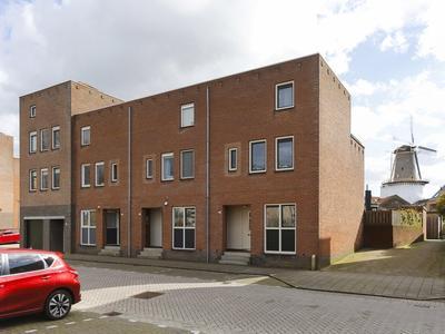 Burgemeester Honnerlage Gretelaan 89 in Schiedam 3119 BA