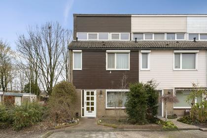 Diamantdijk 297 in Roosendaal 4706 HK