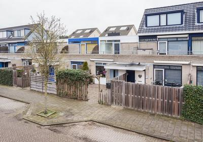 Burgemeester Hendrixstraat 89 in Berkel En Rodenrijs 2651 JT