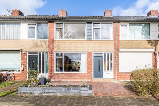 Vogelkersstraat 27 in Groningen 9741 NK