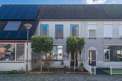 Hunzestraat 66 in Helmond 5704 GV