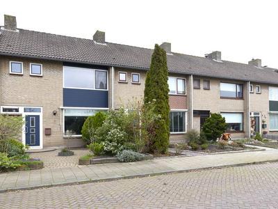 Meidoornlaan 13 in Etten-Leur 4871 TA