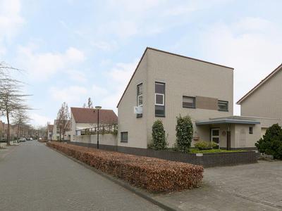 Pastoor Hoekx-Singel 91 in Rosmalen 5246 PC