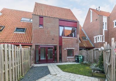 Uienakker 4 in Zoetermeer 2723 TH
