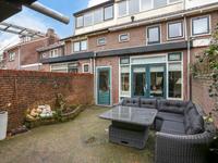 P.M.R. Versteeghstraat 37 in Bussum 1403 RS