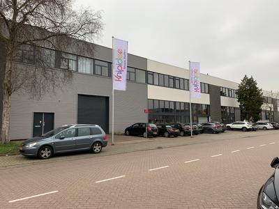 Pampuslaan 75 in Weesp 1382 JM