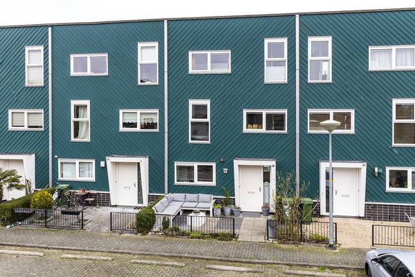 Bramerveld 83 in Nieuw-Vennep 2151 LA