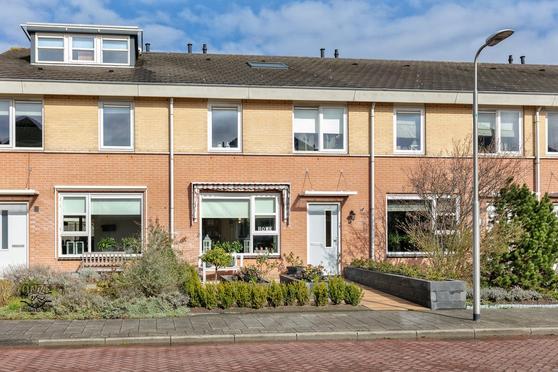 Beijerland 5 in Emmeloord 8302 NS