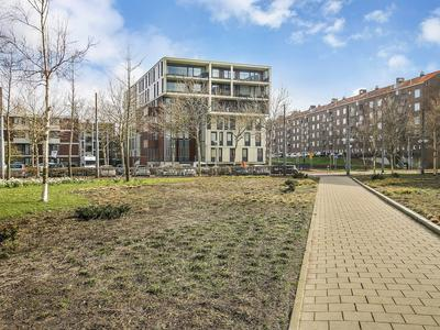 Willem Baerdesenstraat 60 in Amsterdam 1067 XX