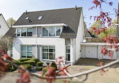Kalmoesbeek 9 in Helmond 5709 PV