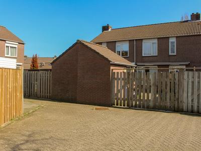 Hofstedenlaan 48 in 'S-Hertogenbosch 5235 CJ