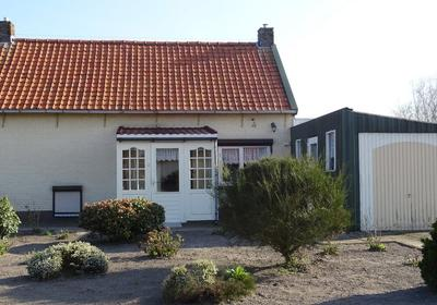 Clausstraat 20 in St. Willebrord 4711 AX