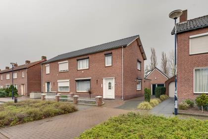Schoolstraat 6 in Thorn 6017 CZ