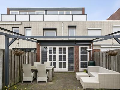 Oosterbeekstraat 118 in Tilburg 5045 TL