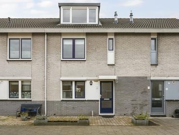 Laurierhof 4 in Papendrecht 3355 RM