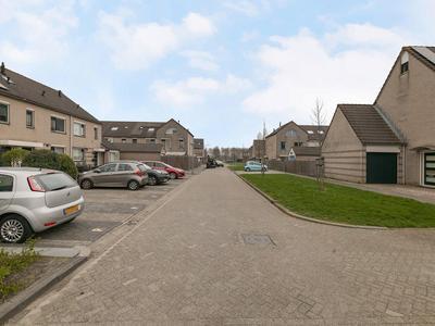 Cosmeastraat 18 in Almere 1338 XA