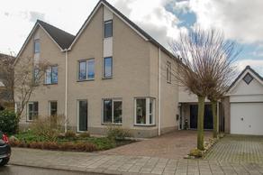 Het Eenspan 28 in Steenwijk 8332 JG