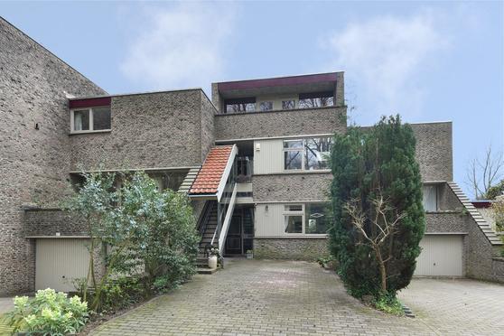 Uytenbosch 15 in Baarn 3743 JC