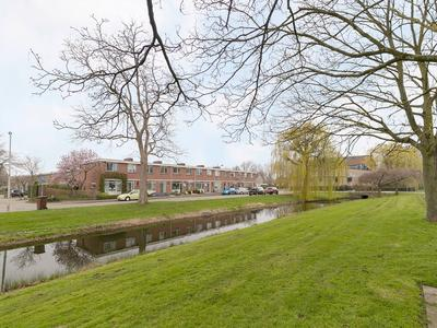 Burgemeester De Zeeuwstraat 284 in Ridderkerk 2981 AJ