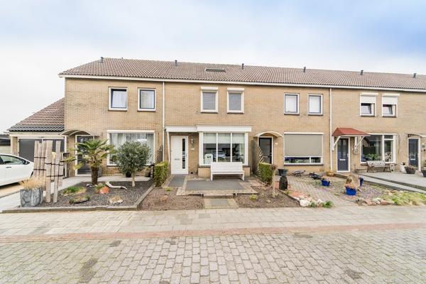 Klaproos 19 in IJsselmuiden 8271 DK