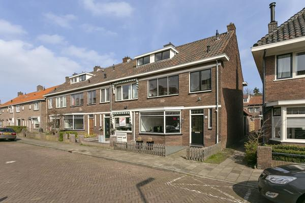 Erasmusstraat 20 in Deventer 7412 DP