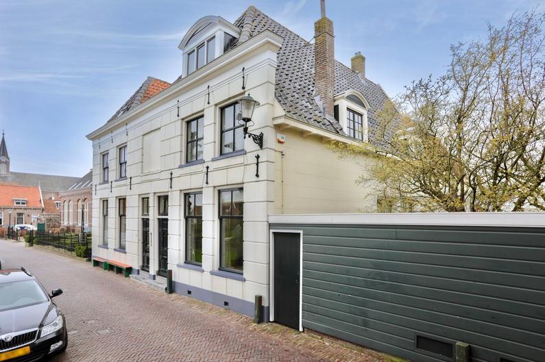 Rechtestraat 142 in De Rijp 1483 BG