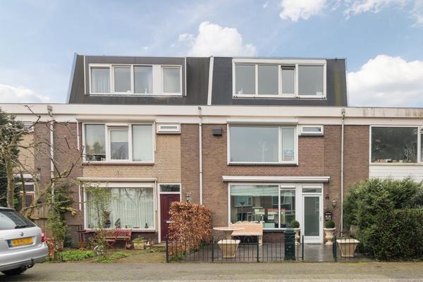 Jacob De Graeflaan 99 in Amstelveen 1181 DL