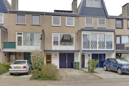 Almalaan 7 in Nieuwegein 3431 GX