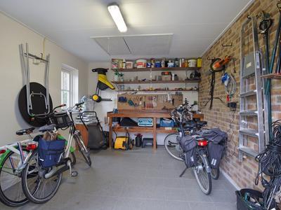 Dorpsstraat 260 in Zwaag 1689 GK