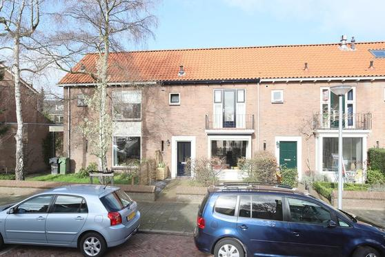 Steenbakkerslaan 3 in Leiderdorp 2352 AL