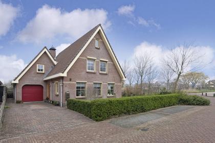 Bruggesloot 2 in Broek Op Langedijk 1721 HA