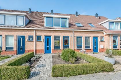 Roodeswerf 29 in Hensbroek 1711 KM
