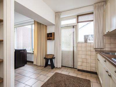 Burg. Arnoldtsstraat 32 in Sittard 6137 PE