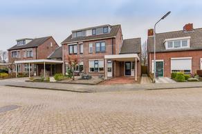 Sinte Catharinadal 9 in Willemstad 4797 BT