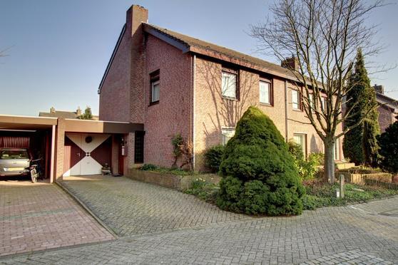 Olmenhoven 29 in Maastricht 6225 GD